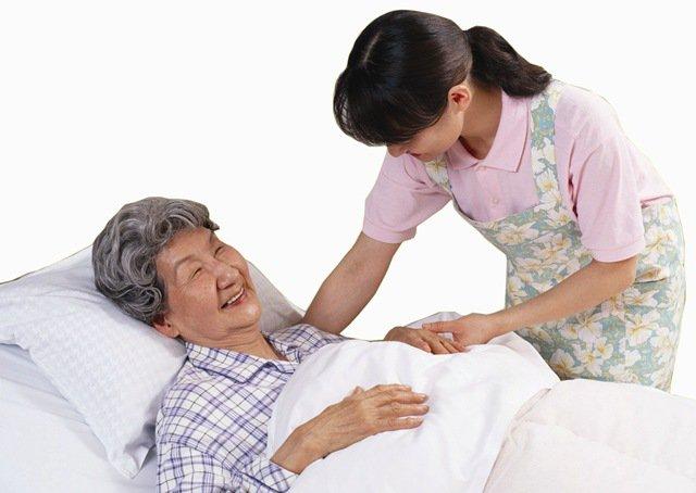 Kỳ 2: Cách phòng tránh loét do tỳ đè ở người bệnh năm lâu bất động - Ảnh 3.