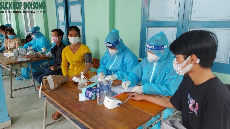 """Tốc độ tiêm vaccine của Bình Dương tăng cao """"kỷ lục"""" - Ảnh 5."""