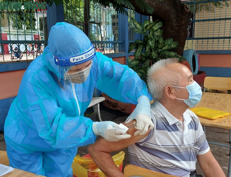 """Tốc độ tiêm vaccine của Bình Dương tăng cao """"kỷ lục"""" - Ảnh 6."""