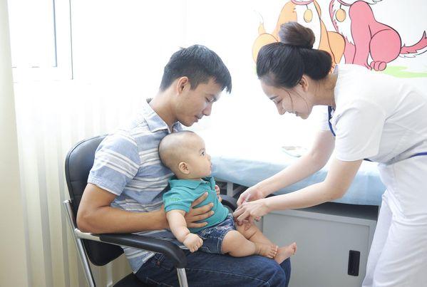 Cách nhận biết trẻ bị lây nhiễm virus - Ảnh 7.