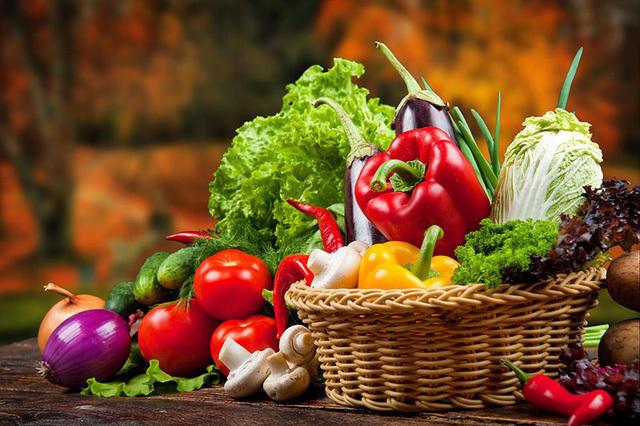 Thực phẩm người cao tuổi nên ăn trong mùa thu để nâng cao sức khỏe - Ảnh 2.