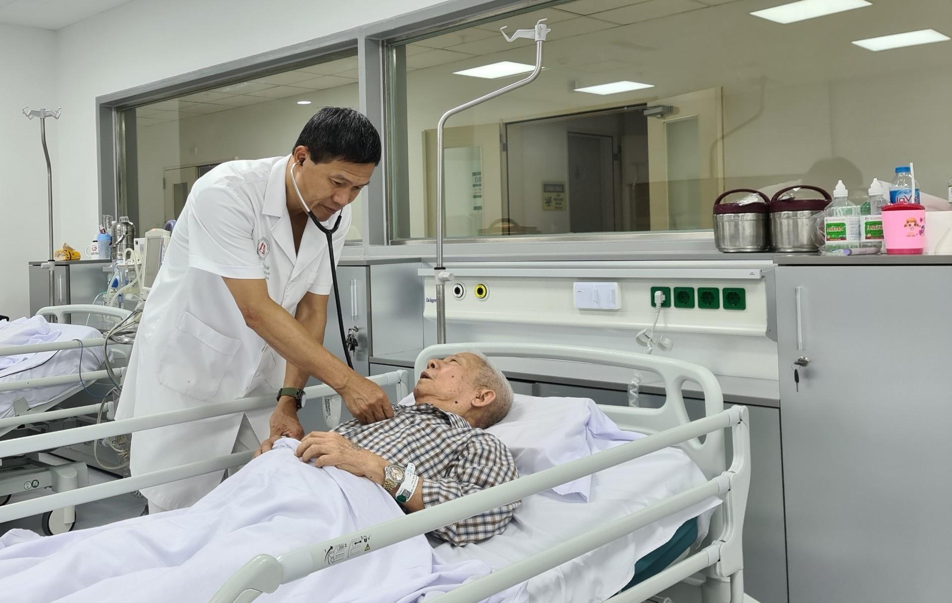 Bỏ điều trị tăng huyết áp, nhiều bệnh nhân gặp biến chứng nguy hiểm - Ảnh 3.