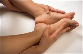 Tập thể thao khắc phục tình trạng tê buốt chân tay 2