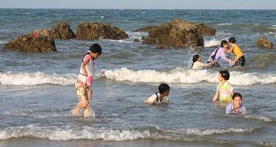 Sông nước mùa hè - tiềm ẩn nguy cơ đuối nước 4