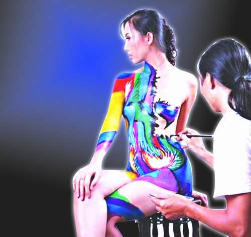 Nghệ thuật body painting, đẹp hay dung tục? 1