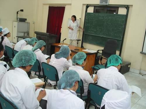 Năm 2015 cả nước sẽ cần thêm hơn 14.000 nhân lực y tế   1