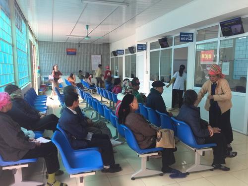 Khoa Khám bệnh liên hoàn tại BVĐK tỉnh Điện Biên giúp rút ngắn thời gian chờ đợi của người bệnh.