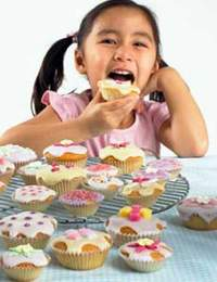 Ăn nhiều đồ ngọt, trẻ kém thông minh