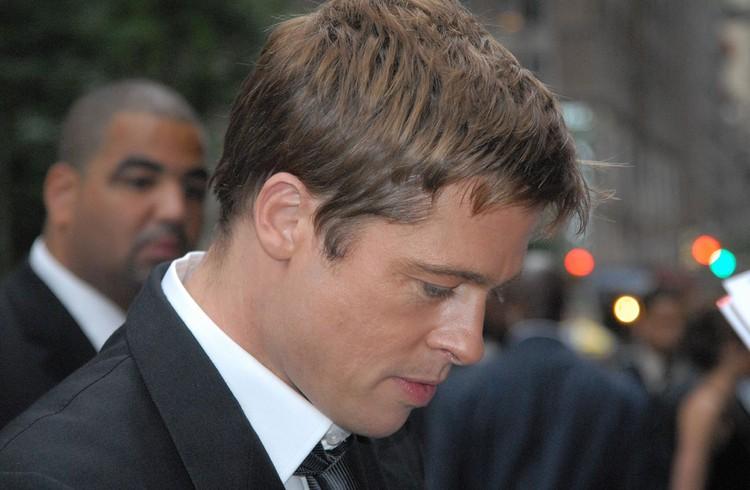 Brad-Pitt-se-ly-hon-do-thai-do-ghen-tuong-cua-Angelina-Jolie
