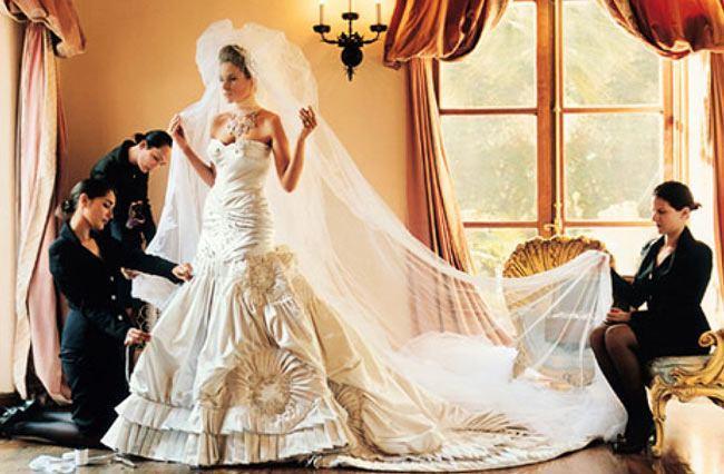 váy cưới của Melania Trump