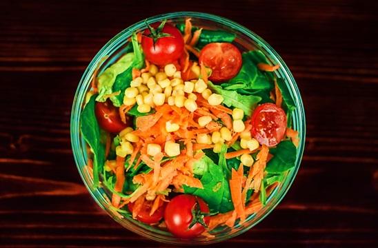 Salad hạt và ngũ cốc