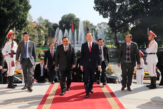 Chủ tịch nước Trần Đại Quang và Tổng bí thư, Chủ tịch nước Lào Bounnhang Vorachith