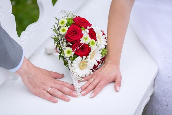 Hôn nhân làm thuyên giảm bệnh tim