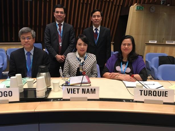 Bộ trưởng Y tế Nguyễn Thị Kim Tiến tham dự kỳ họp 140 Hội đồng chấp hành WHO