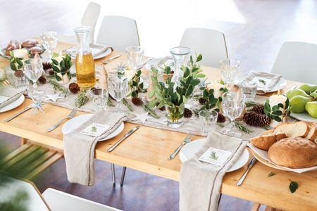 Nguyên tắc trang trí bàn tiệc