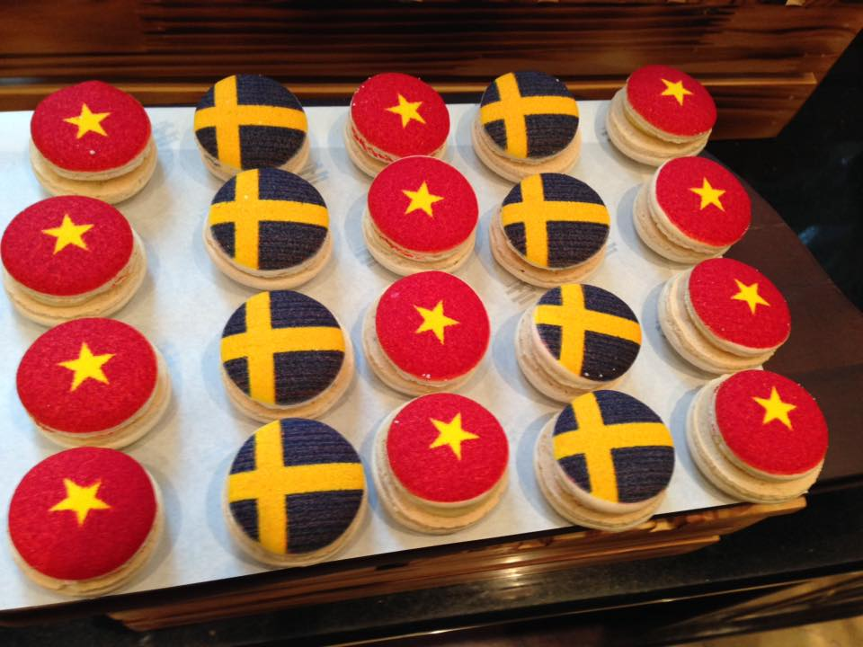 quốc kỳ hai nước Việt Nam-Thụy Điển