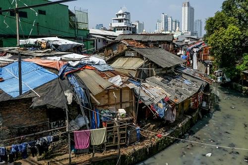 Chênh lệch giàu nghèo toàn cầu ngày càng lớn hơn