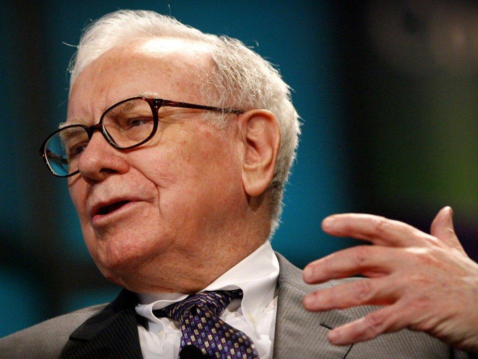 Sao thế giới nói không với rượu_Tỷ phú Warren Buffett