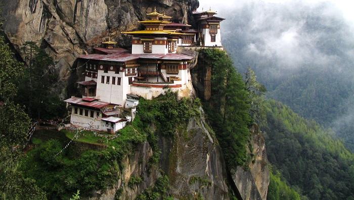 Top 20 ngôi chùa Phật giáo đẹp nhất thế giới_Chùa Paro TakTsang ở Bhutan