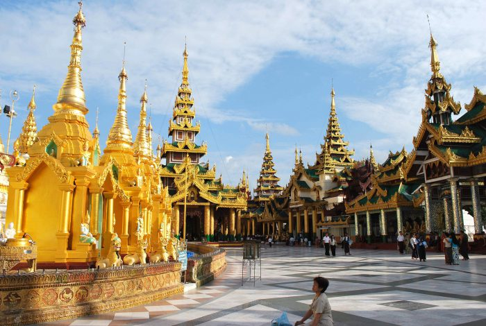 Top 20 ngôi chùa Phật giáo đẹp nhất thế giới_Chùa Vàng ở Lào