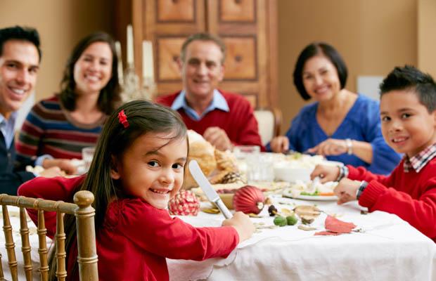 Ăn tối cùng gia đình