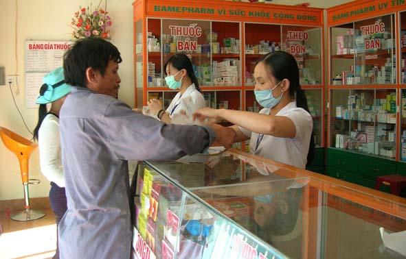 Nhà thuốc đạt chuẩn GPP phải đảm bảo có dược sĩ tư vấn.