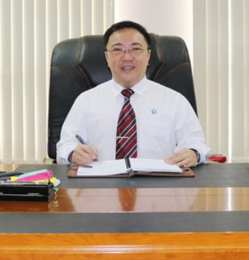 TS.BS. Phan Huy Anh Vũ.