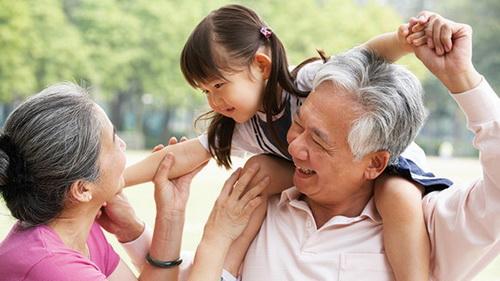 Phấn đấu đến năm 2030, người cao tuổi có thời gian sống khỏe tổi thiểu 68 năm.
