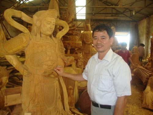 Nghệ nhân Nguyễn Văn Trúc.