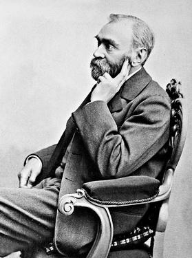 Nobel- người sáng lập giải thưởng cùng tên và giải Nobel được trao từ 1901 đến nay.
