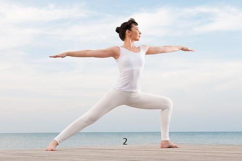 yoga tư thế chiến binh 2