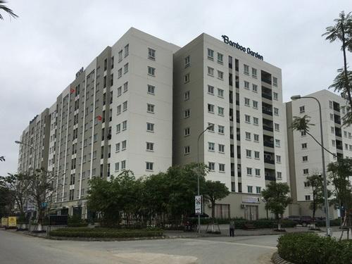 Một khu nhà ở xã hội ven Đại lộ Thăng Long vắng người ở dù xây xong đã lâu.