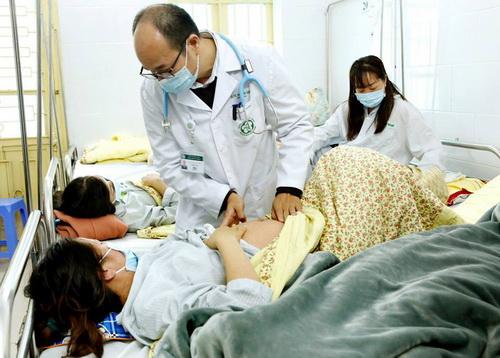 Bệnh nhân điều trị sởi tại Bệnh viện Bạch Mai.