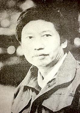 Nhà văn, nhà viết kịch, nhà báo Xuân Trình.