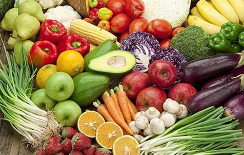 Theo định nghĩa của Tổ chức Y tế Thế giới, một chế độ ăn lành mạnh cần có nhiều quả chín, rau xanh, ngũ cốc nguyên hạt, chất xơ, đậu đỗ...