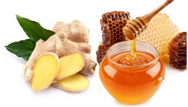 Nước gừng mật ong nấu cháo rất tốt cho người phù thũng sưng chân, đầy bụng đại tiện khó.
