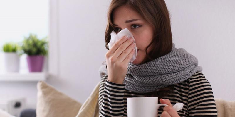 Cảm phong hàn hay gặp trong mùa đông, do hàn tà nhiều và chính khí kém, phong hàn xâm phạm vào phần da, phế.