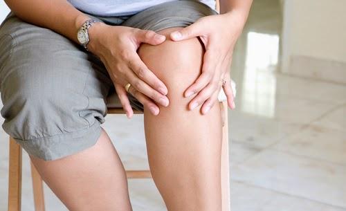 Thoái hoá khớp gối: Cảnh báo nguy cơ nhiễm khuẩn nếu điều trị muộn