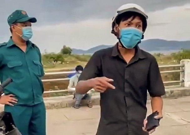 Chủ tịch Nha Trang gửi thư xin lỗi người đi mua bánh mì bị giữ xe