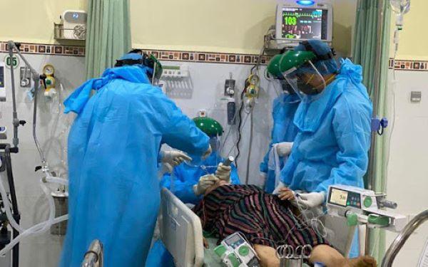 Bệnh nhân COVID-19 thể nặng có bất thường về gen và miễn dịch
