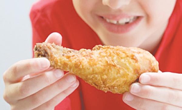 Tránh ăn quá nhiều thịt và rất ít rau
