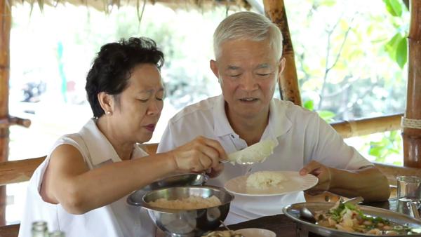 Người cao tuổi ăn uống sao cho khỏe