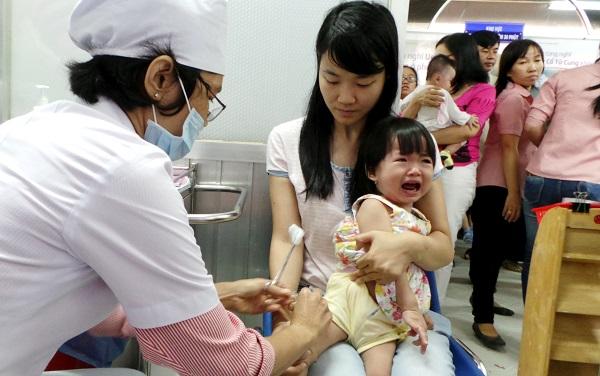 Hướng dẫn theo dõi sau tiêm vắc-xin phòng viêm não Nhật Bản