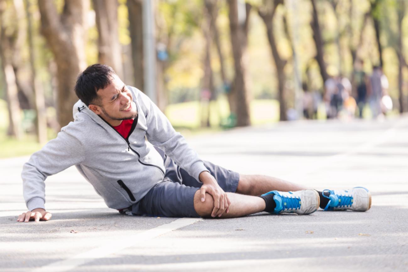 Xử lý và chăm sóc vết thương hở ngăn ngừa nhiễm khuẩn