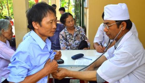 Tăng cường công tác y tế để đảm bảo người dân được chăm sóc toàn diện