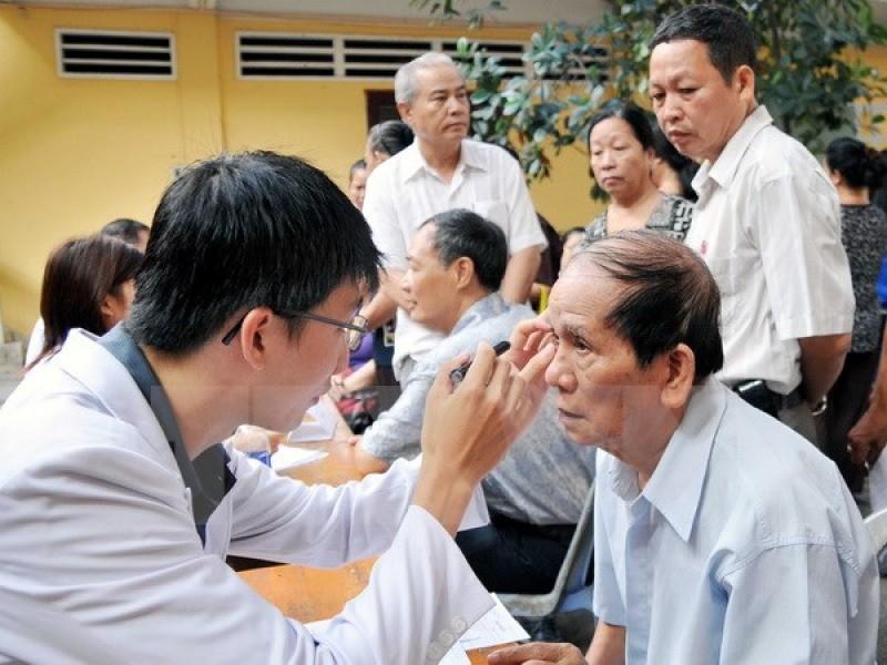 Nâng cao hệ thống chăm sóc người cao tuổi góp phần tăng thời gian sống khỏe mạnh.