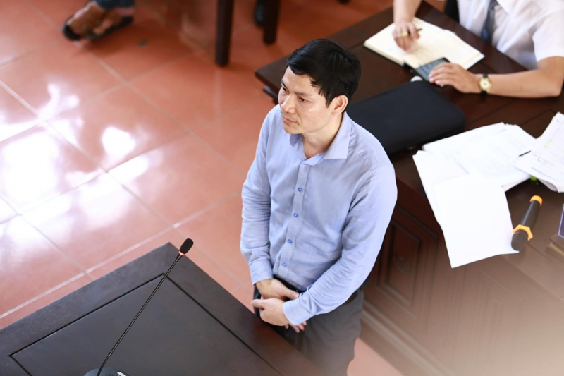 Xét xử vụ chạy thận nhân tạo ở Hòa Bình: Ông Hoàng Công Tình tại tòa tháng 5/2017