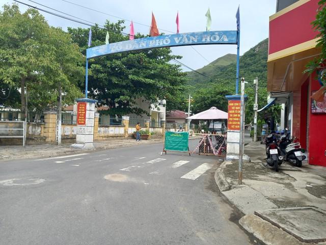 Nâng cao ý thức phòng dịch trong từng khu phố ở Khánh Hòa - Ảnh 2.