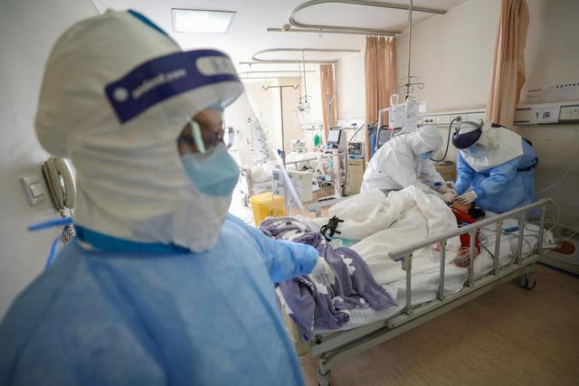 Biến thể Delta gây nguy cơ nhập ICU cao hơn 235% so với vi rút gốc - Ảnh 3.