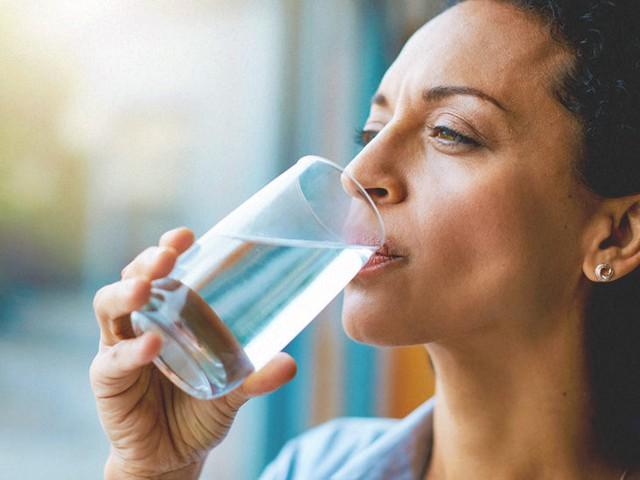 Thực phẩm nào tốt cho phụ nữ tuổi mãn kinh? - Ảnh 6.
